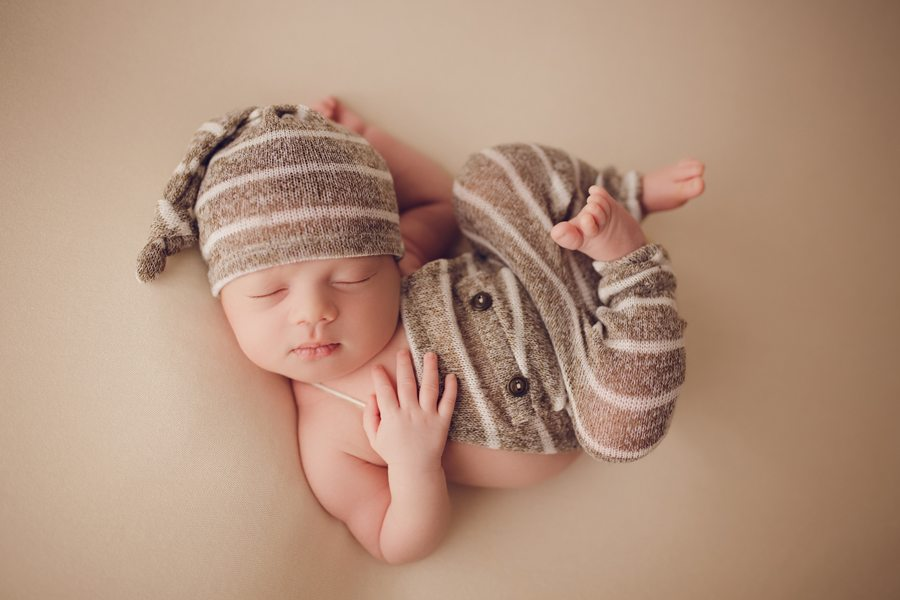 Ottawa's best newborn photographer, newborn photography