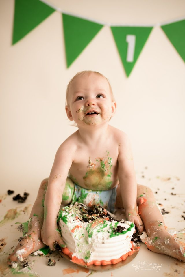 cake smash photographer Ottawa