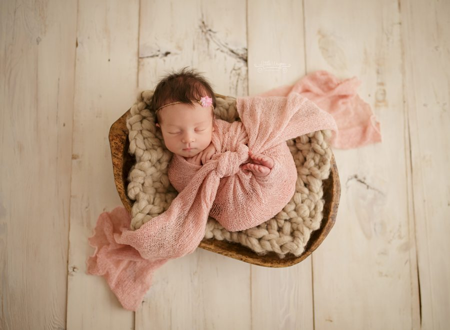 best Ottawa newborn photographer, newborn photography
