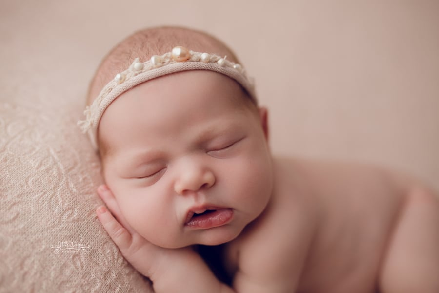 newborn baby girl, ottawa photographer