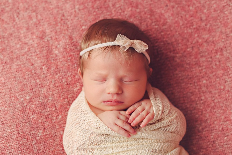Ottawa best newborn photographer
