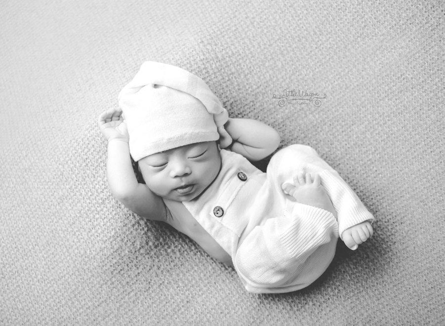 Ottawa newborn photographer, new born photography Ottawa