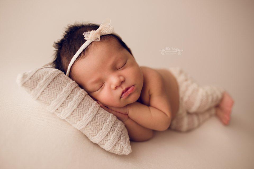 newborn photographer Ottawa, Stittsville newborn photography