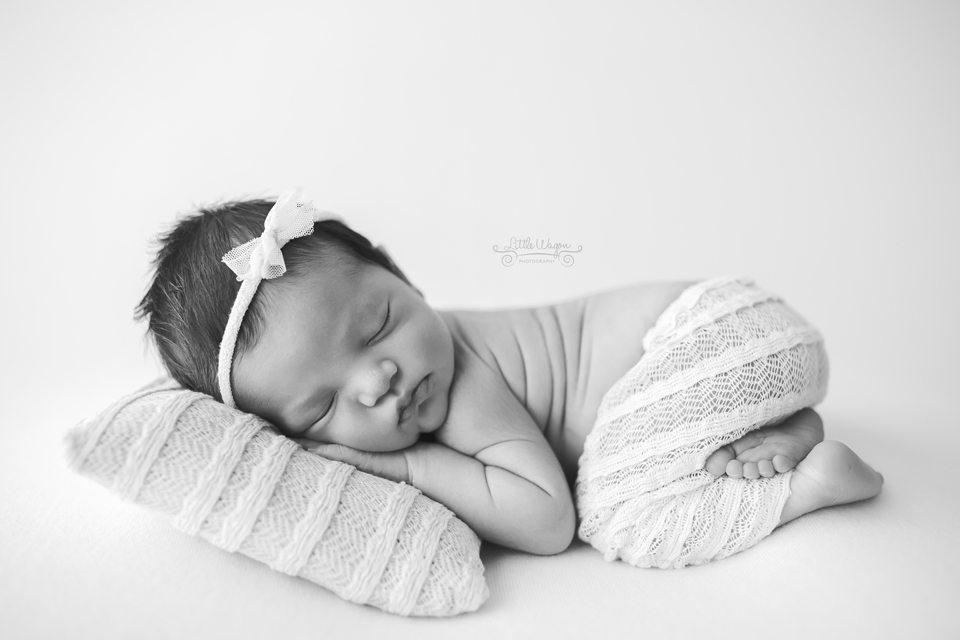 newborn photography Ottawa, newborn photographer Kanata